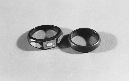 Guttapercha rings, North Carolina Museum of History, Accession number 1948.26.1-2
