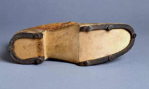 Slave shoe, bottom. NC Museum of History, Accession number H.1914.107.1